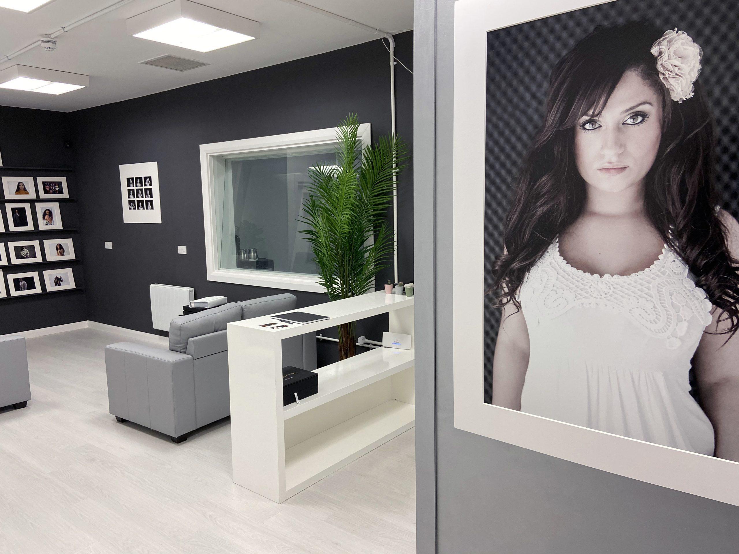 Raphael Lionel Photography Studio 1b scaled - My Photography Studio